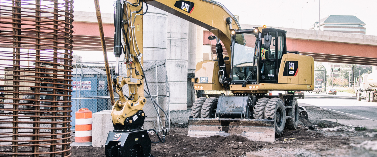 Cat wheel excavator