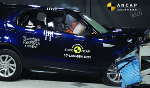 Land Rover Discovery   5 Star ANCAP Safety Rating