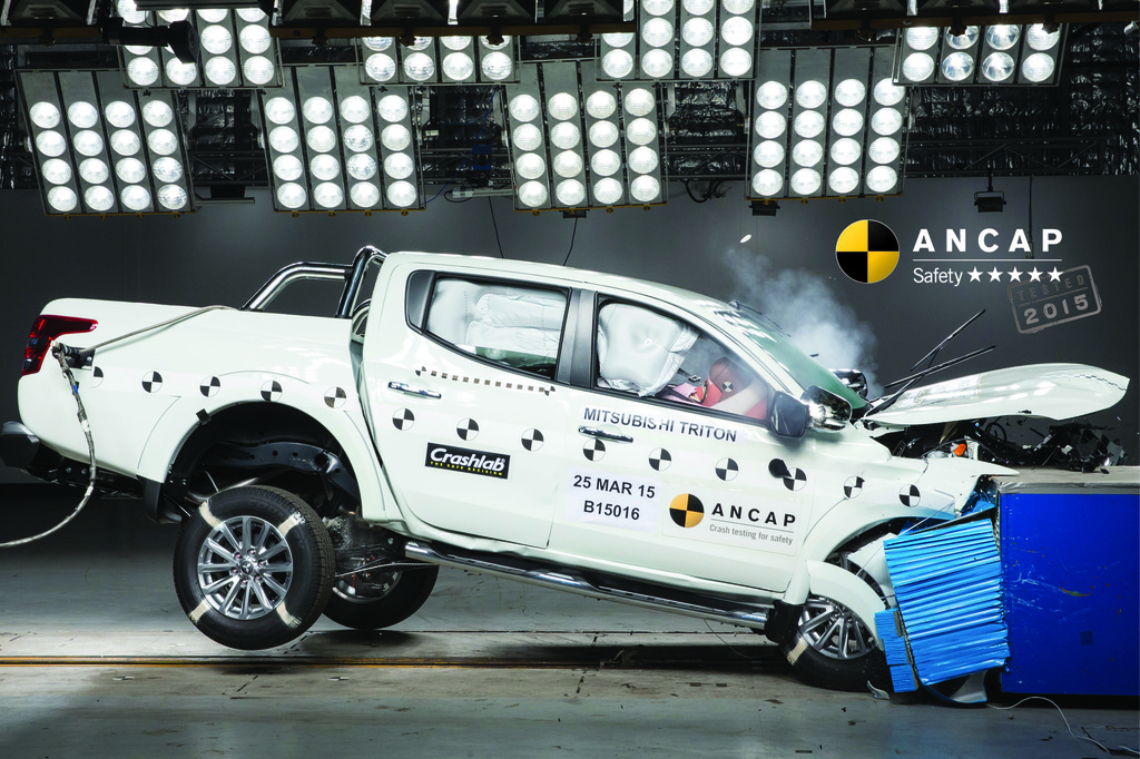 New Mitsubishi Triton rises to 5 stars.  Mix of 4 and 5 stars for other marques.