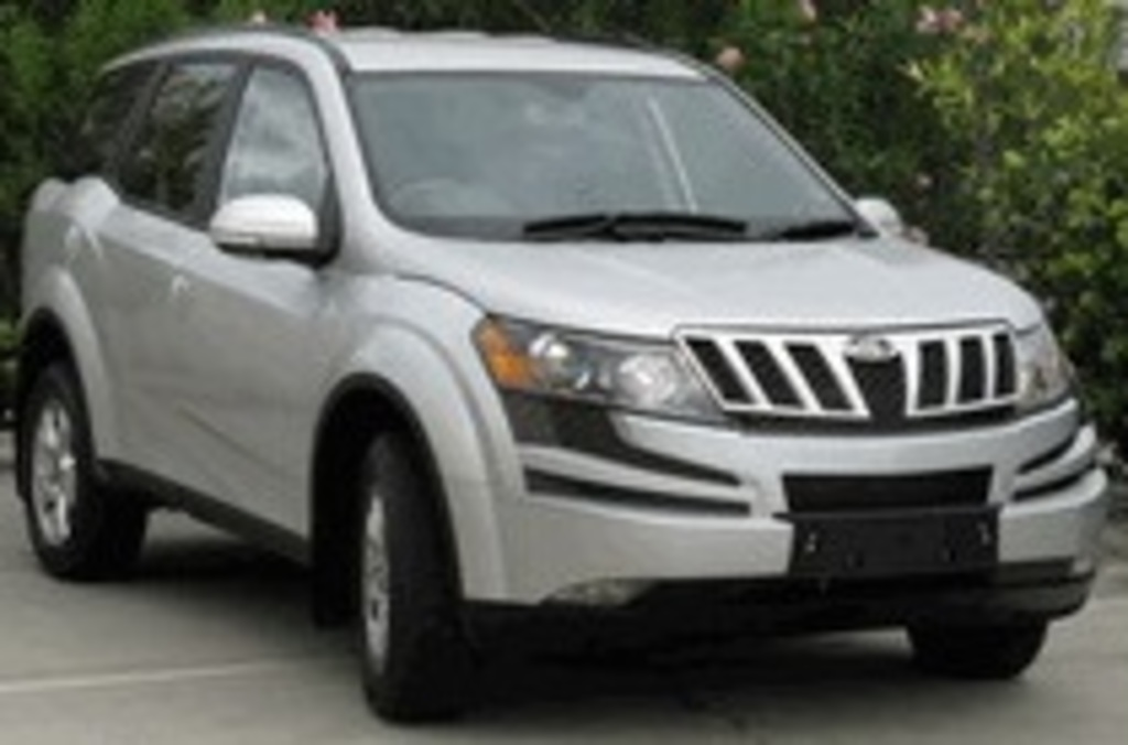 Mahindra XUV500 | 4 Star ANCAP Safety Rating