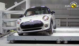 Mini Cooper | 4 Star ANCAP Safety Rating