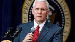 Michael Richard Pence, vice-presidente dos Estados Unidos.