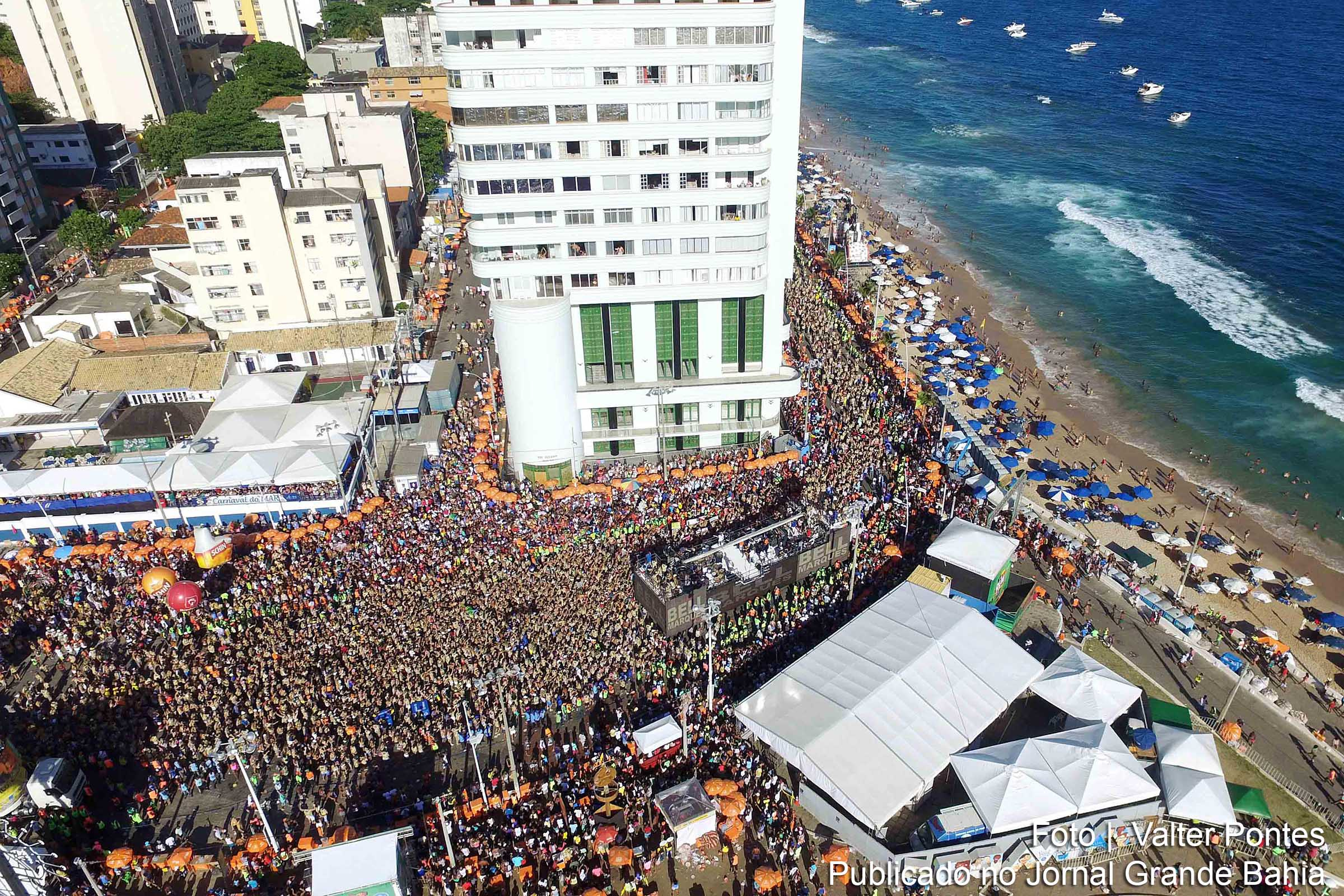 Vista aérea do carnaval 2016 de Salvador.