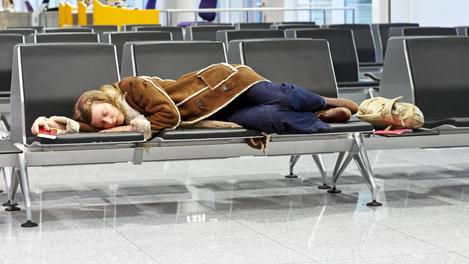 Dormir no aeroporto: quem nunca?