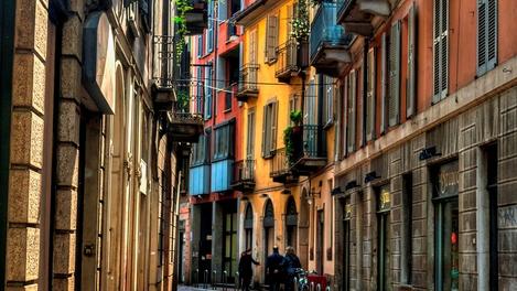 Ruazinhas de Milão, Itália