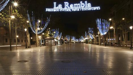 La Rambla com decoração natalina