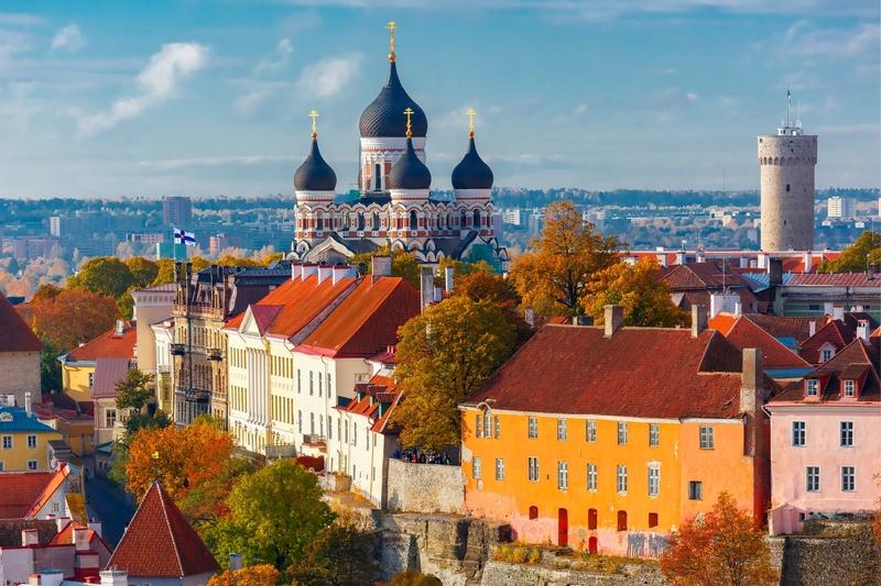 A encantadora Cidade Velha de Tallinn tem um clima de conto de fadas