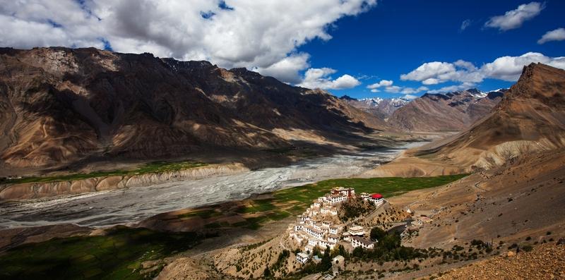 Ki Gompa é o maior monastério budista de Spiti, esplêndido por seu isolamento numa planície aluvial ao norte de Kaza