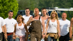 Mike holmes cast and crew pictures to pin on pinterest for Hgtv cast members