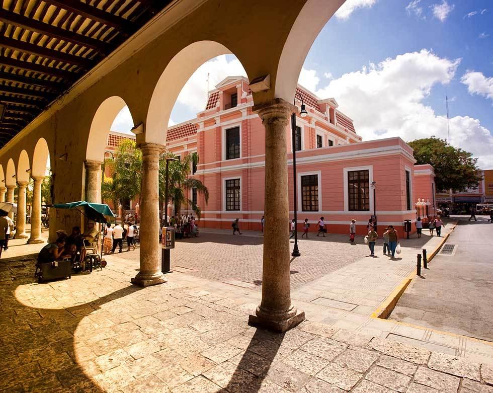 Portales en el centro de m rida yucat n for Construccion de piscinas merida yucatan