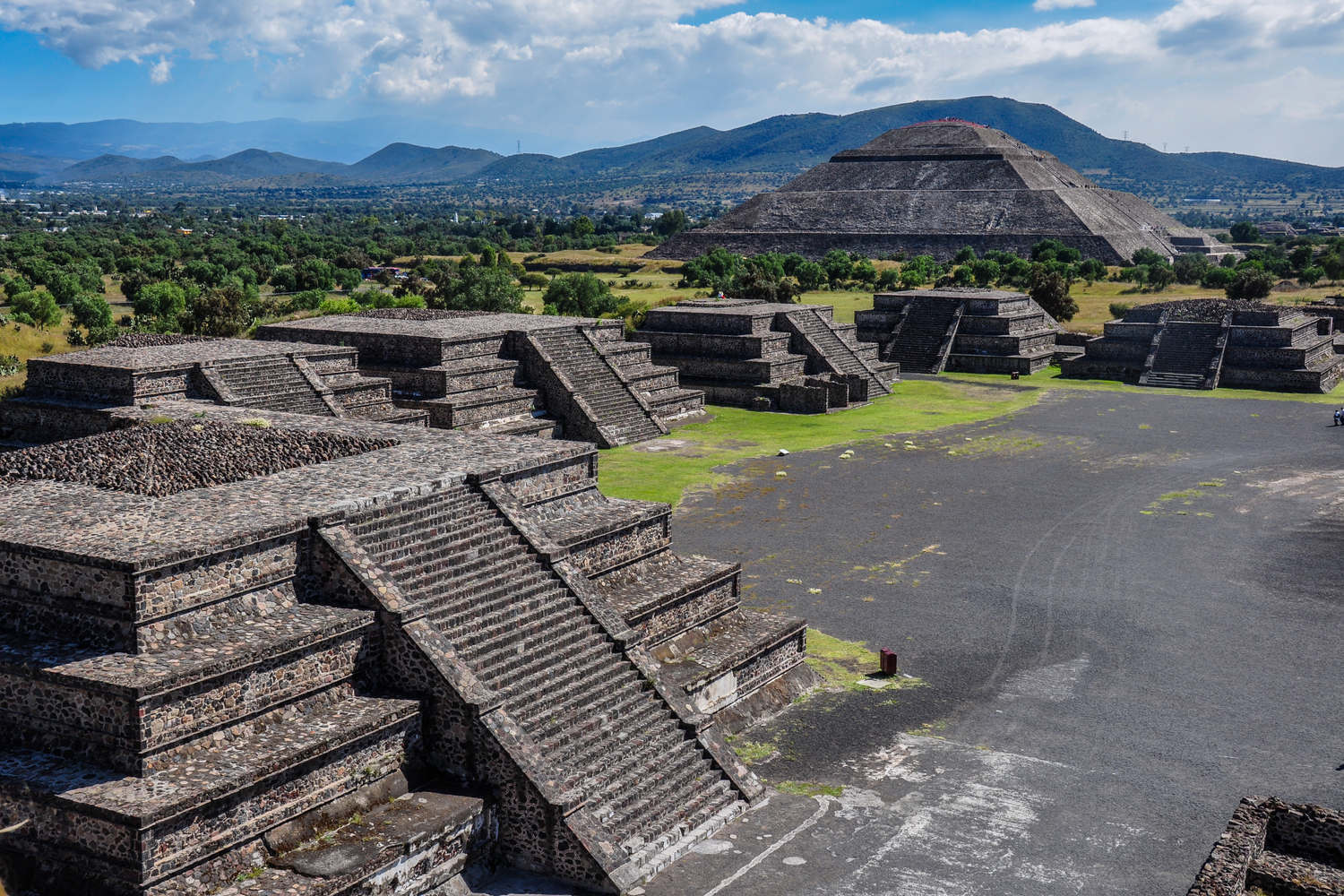 mexico-teotihuacan-archaeological-site