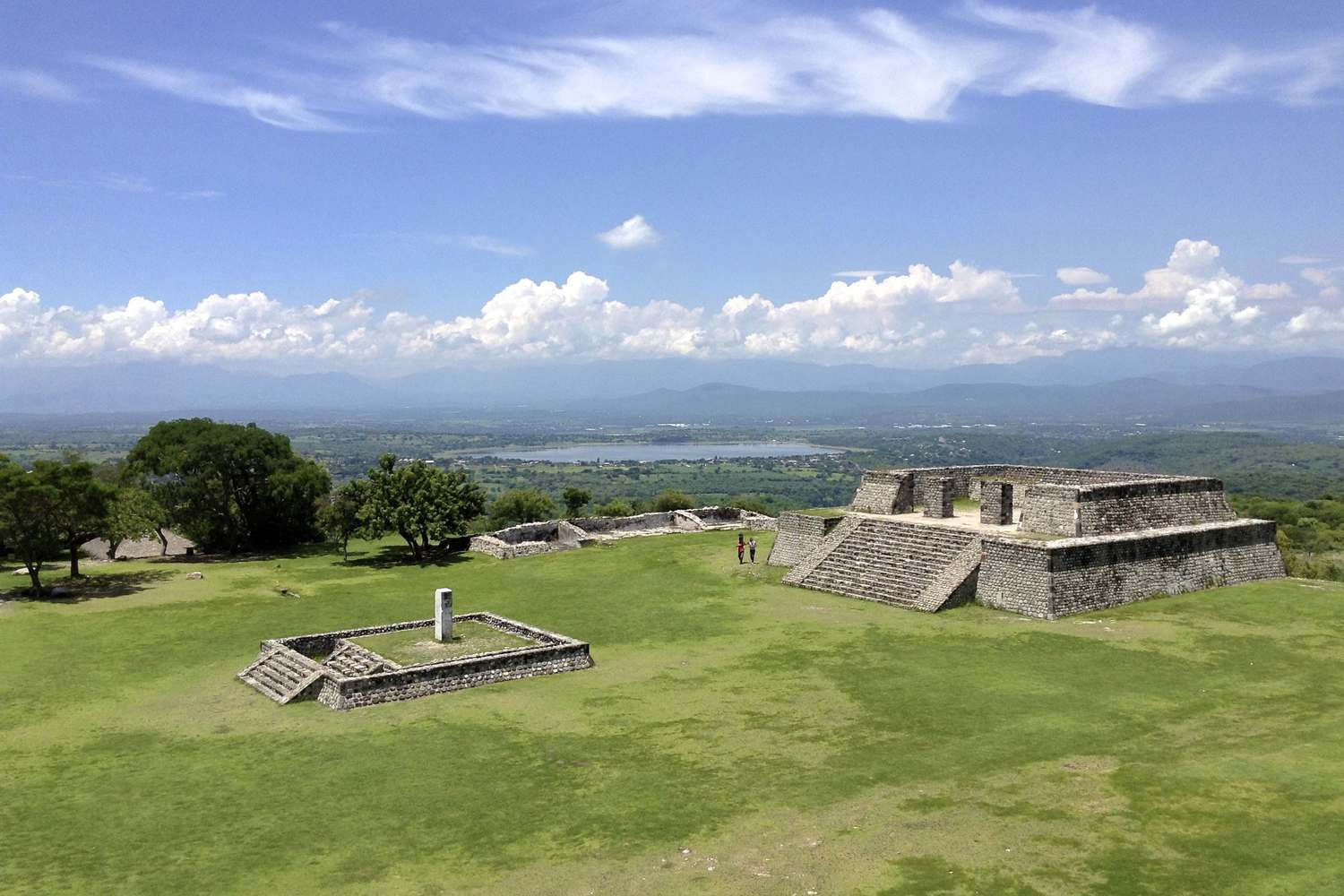 mexico-xochicalco-archaeological-site