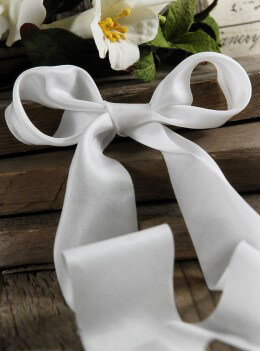 Silk Ribbon White 1.5in x 10yds