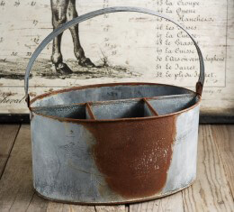 Metal Utensil Holder Rusty Zinc