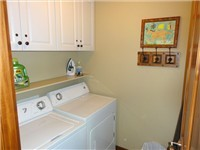 washer and dryer in town home