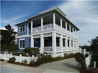 House in Carillon Beach