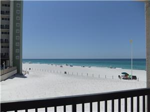 <p>B1-508 in Pinnacle Port has the best one bedroom rate in all of Pinnacle Port! Reserve this great condo and enjoy the best view Pinnacle Port has to offer, just ask for B1-508!</p> - 3466