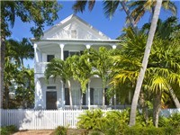 Dragonfly-- a Casa Marina Classic home.  Enjoy the casual elegance feeling in this private home stay. Key West living at its best!