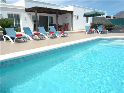 Lanzarote holiday Villa with private pool