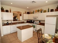 The fully equipped kitchen has everything you coul