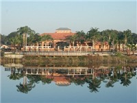 Aviana Resort is located about 11 miles from Walt Disney World and within easy reach of a whole host of good shops and restaurants. Davenport Vacation Homes - Disney area resort.