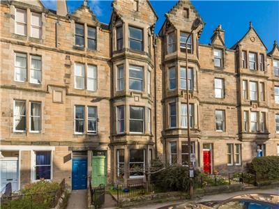 2 bed Marchmont groundfloor flat with garden