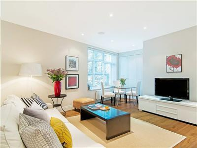 White Hill House 1 - Spacious Short Let by Tube