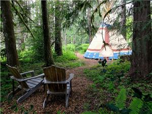 TIPIS (teepees) Accommodations  