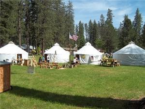 Light Feet Yurts - Company in Twain Harte