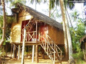 Cabins in Karwar
