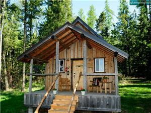 Cabins in Kettle Falls