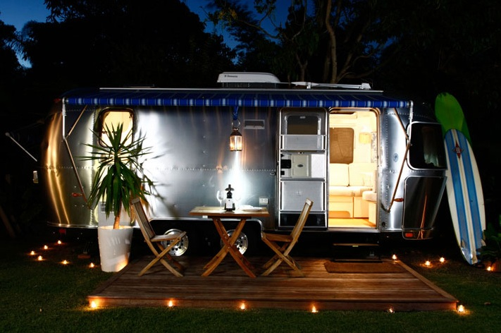 Classic Airstream C&ing Byron Bay NSW u2013 this is a little Derek for other Greyu0027s Anatomy Fans like me. & Travel Luxe: Introducing Glamping - Gee Youu0027re Brave
