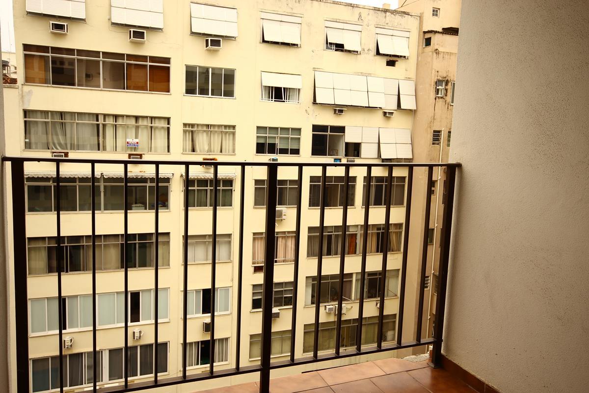 Apartamento no Rio de Janeiro (Copacabana) com #BD900E 1200x800 Armario Banheiro Rio De Janeiro