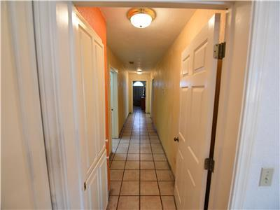 Hallway to the bedrooms