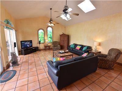 Nice large living room