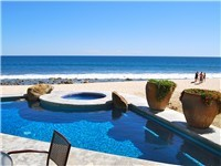 Beachfront private pool and Jacuzzi