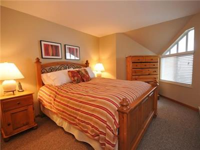 Stoney Creek - 2 Bedroom - Whistler Village