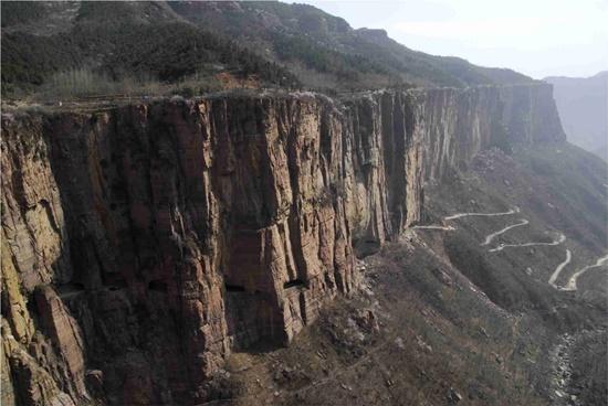 guoliang-blog-ceabs-estradas-perigosas-tunel