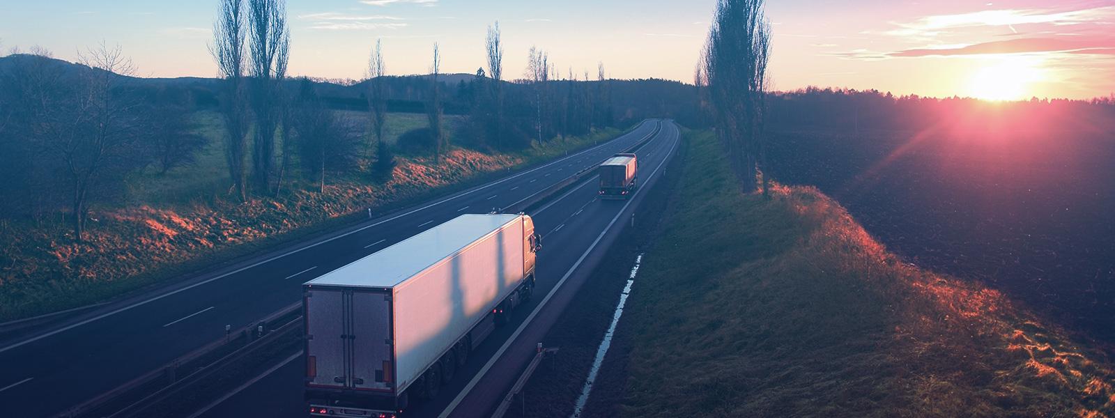 A gestão da disponibilidade da frota permite acompanhar os veículos em operação e o status das viagens
