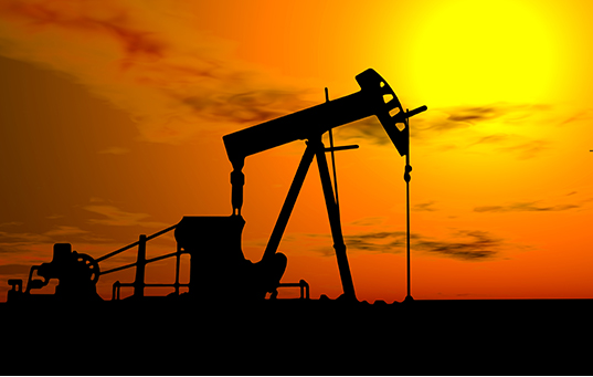 Oil Pump Under Hot Sky