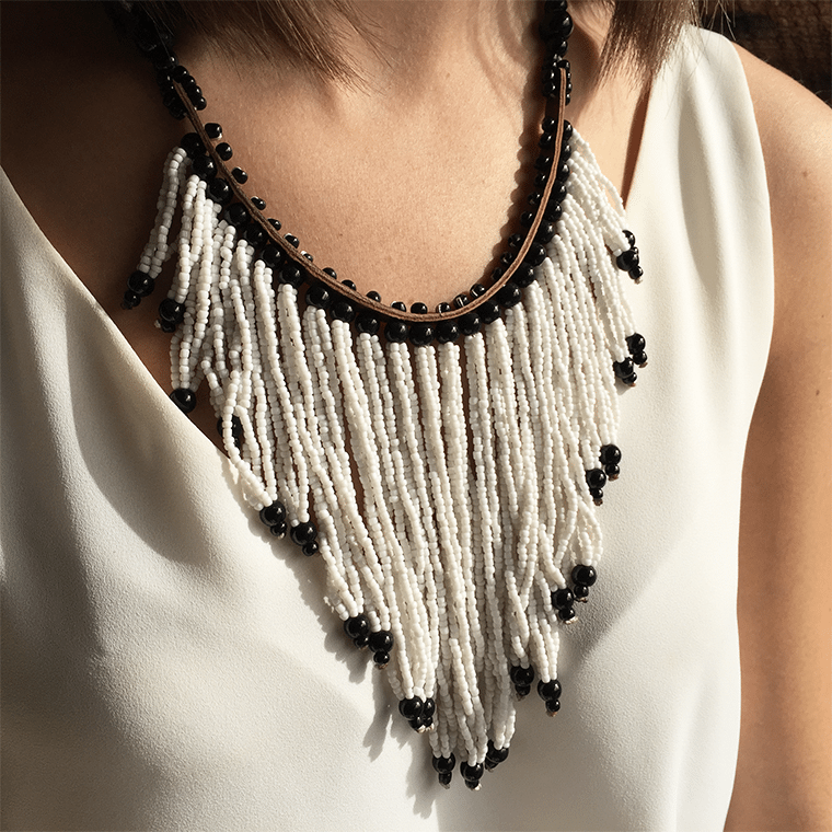 white-beaded-necklace-shopceladon