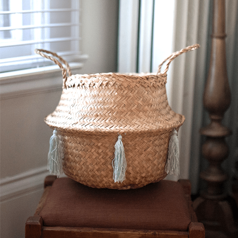 natural_basket_light_blue_tassels_21