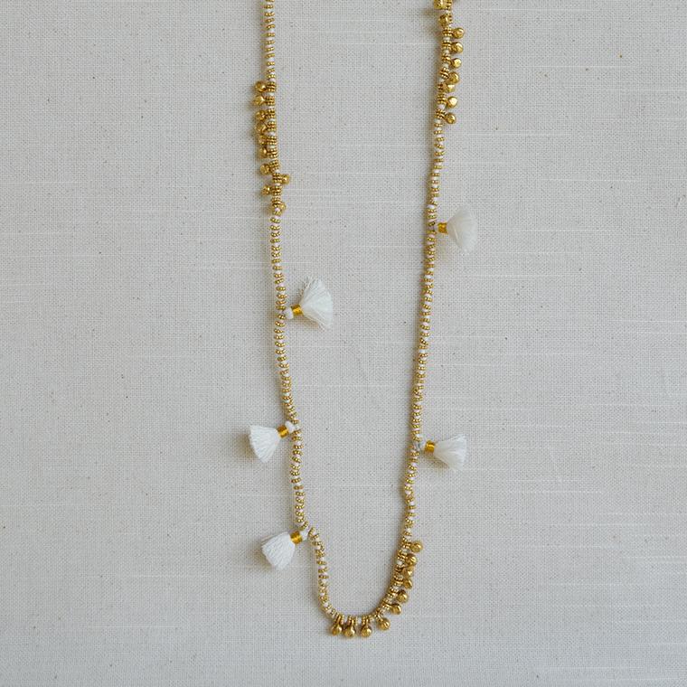 farah-necklace-2-white-shopceladon