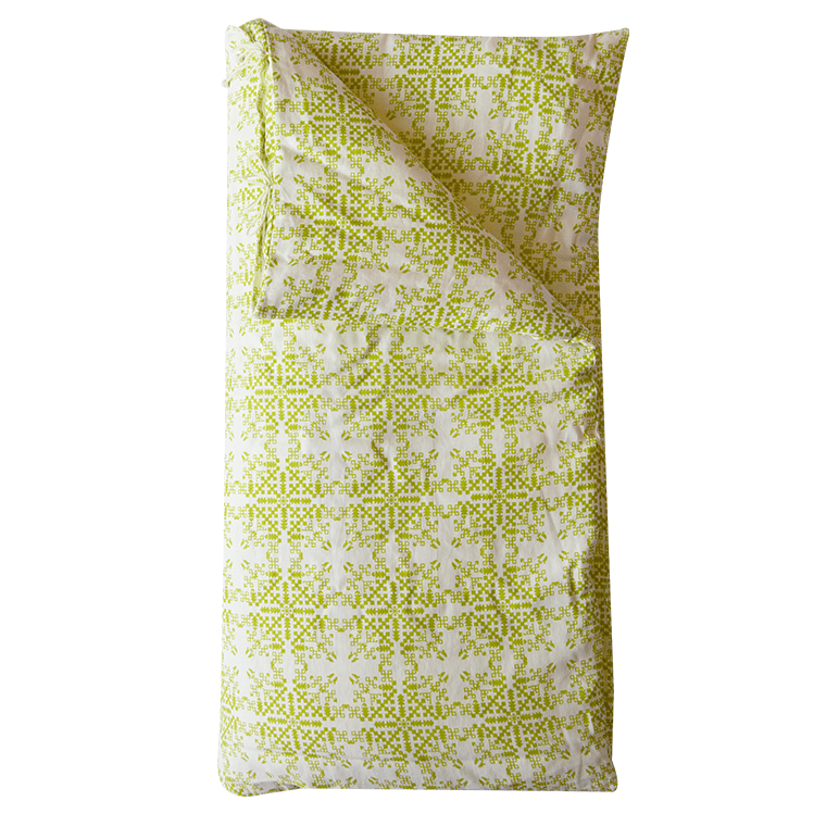 isayu-throw-bed-green-1-shopceladon