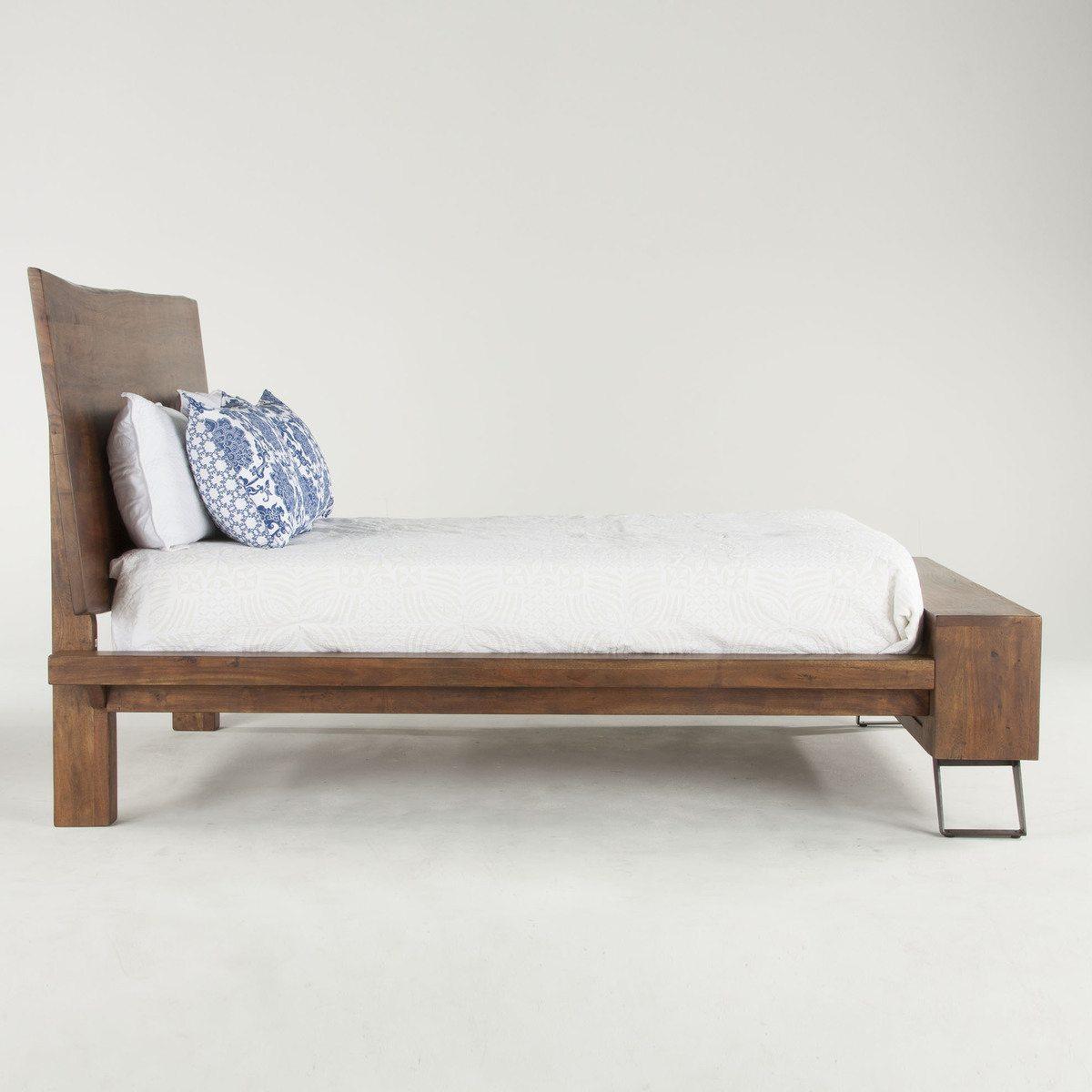 walnut-qn-bed-3