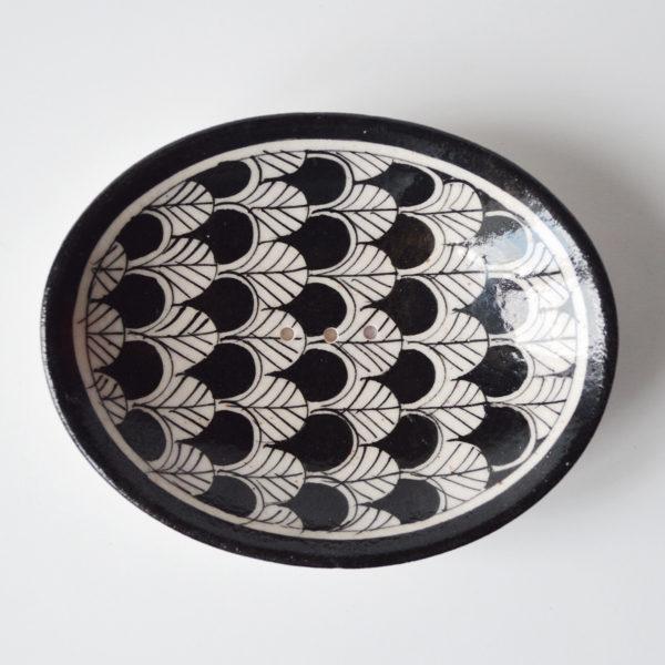 Black-and-White-Soap-Dish-2