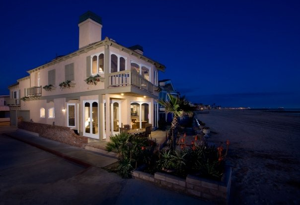 sober living by the sea featured