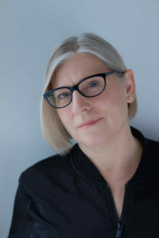 Susan alexander headshot 2018 %282%29