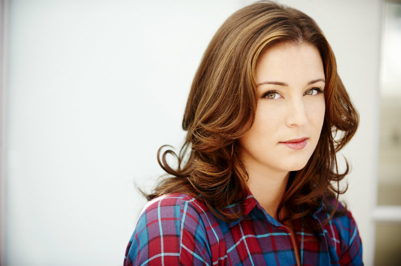 Headshot of Robyn Dell'Unto
