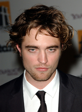Robert Pattinson Bio Photo
